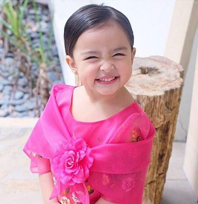 Con gái đầu lòng của mỹ nhân đẹp nhất Philippines càng lớn càng xinh đẹp, mới hơn 3 tuổi đã được dự đoán là Hoa hậu tương lai - Ảnh 11.