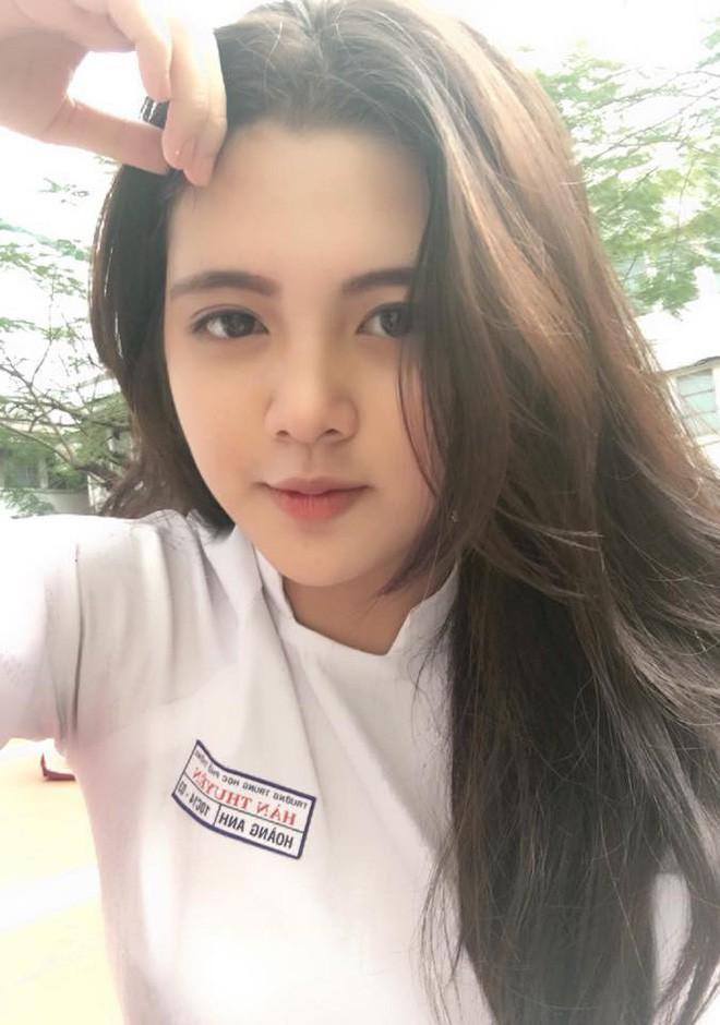 Khi con gái Việt lên báo Trung: Người được khen body cực phẩm, người khiến dân mạng nhìn thôi đã muốn yêu - Ảnh 25.
