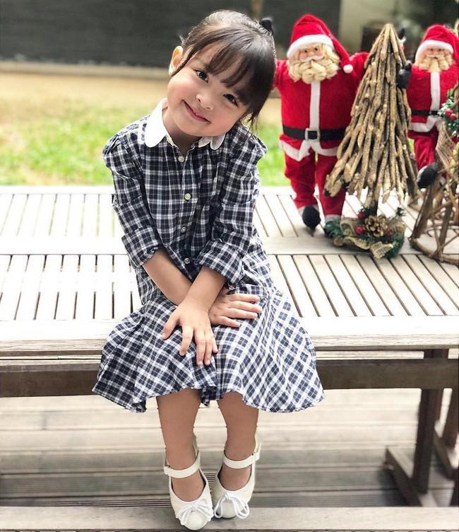 Con gái đầu lòng của mỹ nhân đẹp nhất Philippines càng lớn càng xinh đẹp, mới hơn 3 tuổi đã được dự đoán là Hoa hậu tương lai - Ảnh 7.