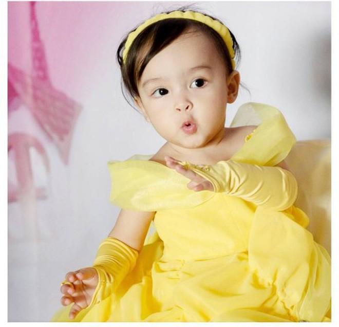 Con gái đầu lòng của mỹ nhân đẹp nhất Philippines càng lớn càng xinh đẹp, mới hơn 3 tuổi đã được dự đoán là Hoa hậu tương lai - Ảnh 10.