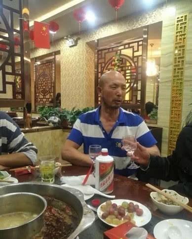 Kẻ đấm ngất võ sư Võ Đang sau 5 giây bất ngờ thách đấu Đệ nhất hộ pháp Thiếu Lâm Tự - Ảnh 4.