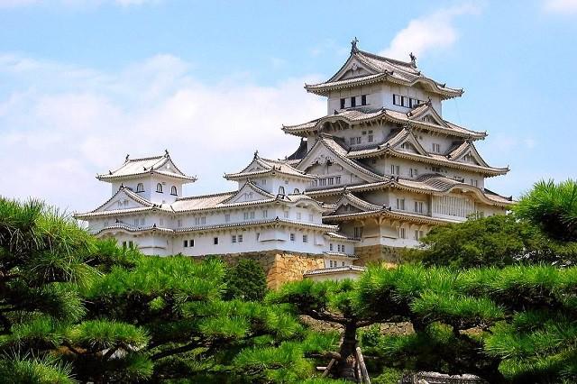 Thần quyền bất khả xâm phạm của Nhật hoàng và 5 điều thú vị về hậu duệ của Nữ thần Mặt trời - Ảnh 5.