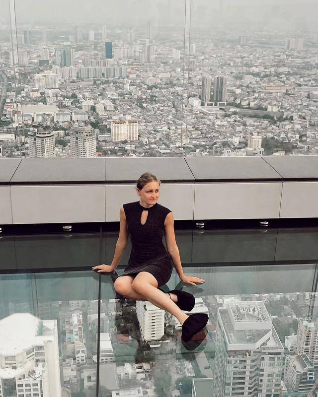 Dân tình hốt hoảng với sàn kính cao ở độ cao trên 300m ngắm trọn cảnh thủ đô Bangkok - Ảnh 4.