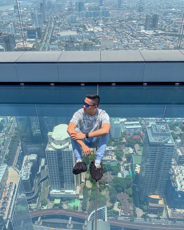 Dân tình hốt hoảng với sàn kính cao ở độ cao trên 300m ngắm trọn cảnh thủ đô Bangkok - Ảnh 6.