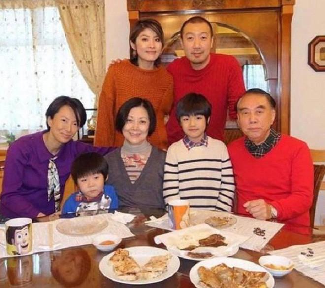 Hoa hậu Hong Kong Trần Tuệ Lâm lại mua biệt thự bạc tỷ, để dành 20 căn bất động sản cho 2 quý tử - Ảnh 9.