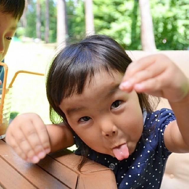 Bí quyết giúp bố mẹ ra tay xử lý mỗi khi trẻ tỏ ra ngang bướng, không chịu nghe lời - Ảnh 1.