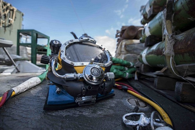 Biệt đội hùng hậu quân đội Mỹ cử tìm kiếm F-35 mất tích trên biển - Ảnh 2.