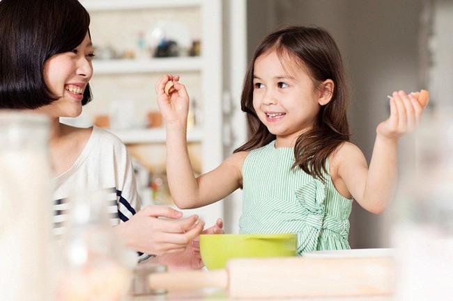 Bí quyết giúp bố mẹ ra tay xử lý mỗi khi trẻ tỏ ra ngang bướng, không chịu nghe lời - Ảnh 5.