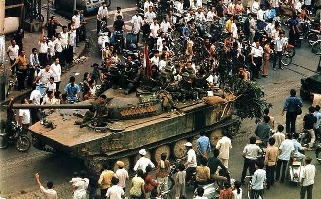 Cơn hấp hối của đế quốc Mỹ ở Sài Gòn tháng 4/1975 - Ảnh 3.