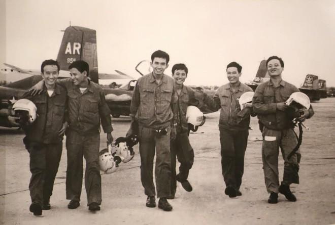 Trận đánh rung chuyển và chấn động bậc nhất của Không quân nhân dân Việt Nam - Ảnh 4.