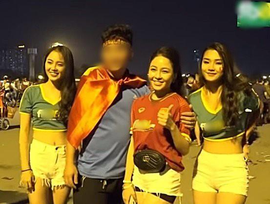 YouTube xuất hiện clip Khá Bảnh, hotgirl T.A quảng cáo cho trang cờ bạc Fxx88.com - Ảnh 4.
