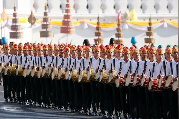 Thái Lan chi chục tỉ USD cho lễ đăng quang tân quốc vương - Ảnh 4.