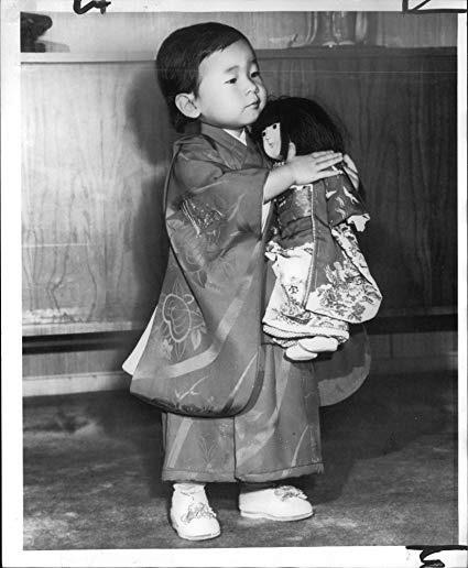 Công chúa Sayako: Chấp nhận từ bỏ cuộc sống cá chậu chim lồng trong cung điện chạy theo chàng trai mồ côi khiến nước Nhật nể phục - Ảnh 2.