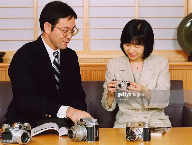 Công chúa Sayako: Chấp nhận từ bỏ cuộc sống cá chậu chim lồng trong cung điện chạy theo chàng trai mồ côi khiến nước Nhật nể phục - Ảnh 8.
