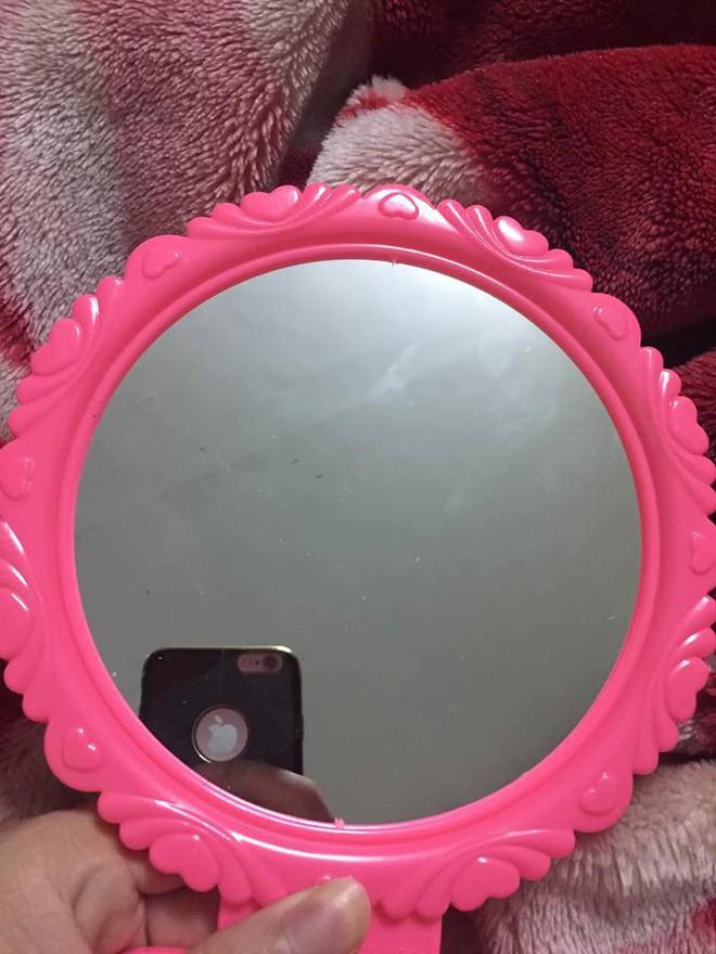 Huyền thoại của 8X, 9X: Người ta mua gương cho hình thật nhất, tui đi mua gương có hình... đẹp nhất! - Ảnh 1.