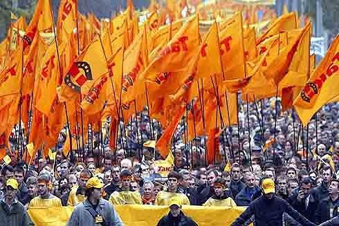 Từ khủng hoảng Venezuela: Nhớ lại cách mạng màu xảy ra tại các nước thuộc Liên Xô - Ảnh 3.