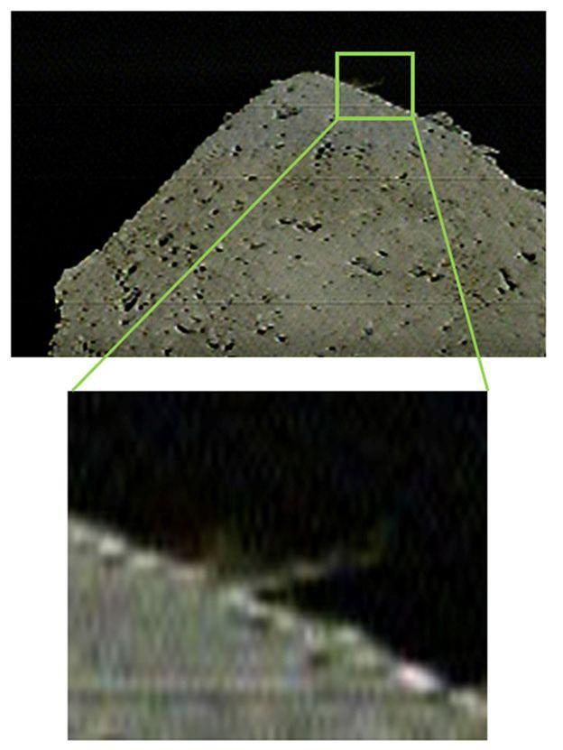 Tàu thăm vũ trụ Nhật Bản vừa thả bom lên một tảng thiên thạch nhưng tại sao họ lại làm thế? - Ảnh 2.