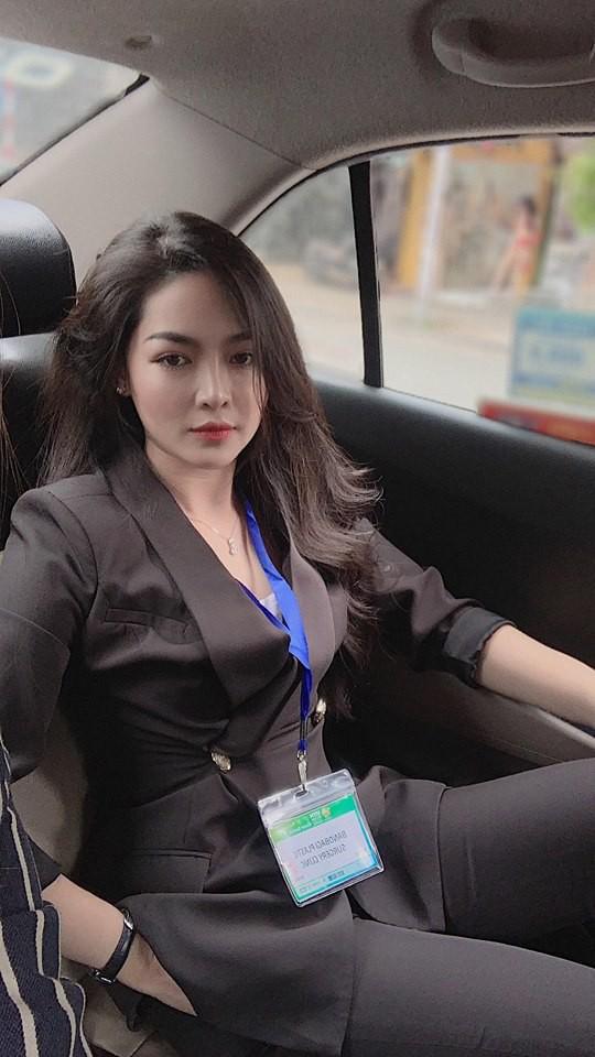 Hot girl thẩm mỹ Vũ Thanh Quỳnh sau 4 năm thay diện mạo đổi cuộc đời: Đã giàu có hơn, vẫn lẻ bóng đợi chân ái - Ảnh 17.