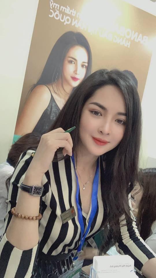 Hot girl thẩm mỹ Vũ Thanh Quỳnh sau 4 năm thay diện mạo đổi cuộc đời: Đã giàu có hơn, vẫn lẻ bóng đợi chân ái - Ảnh 9.
