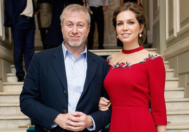 """""""Điều kì lạ"""" khiến bao người phải ngạc nhiên và thán phục sau cuộc ly hôn của vợ chồng tỷ phú Nga - Ảnh 1."""