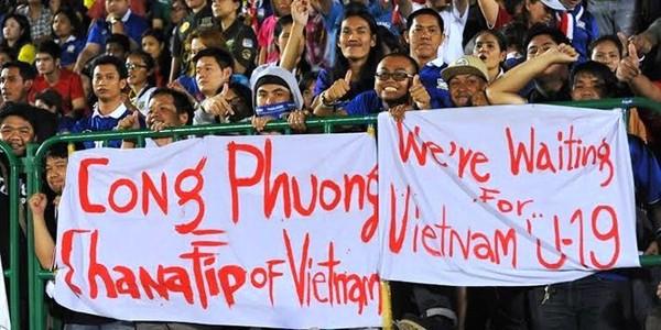 Cổ động viên Thái Lan mỉa mai, cho rằng Công Phượng chưa đủ tầm so với Chanathip - Ảnh 2.