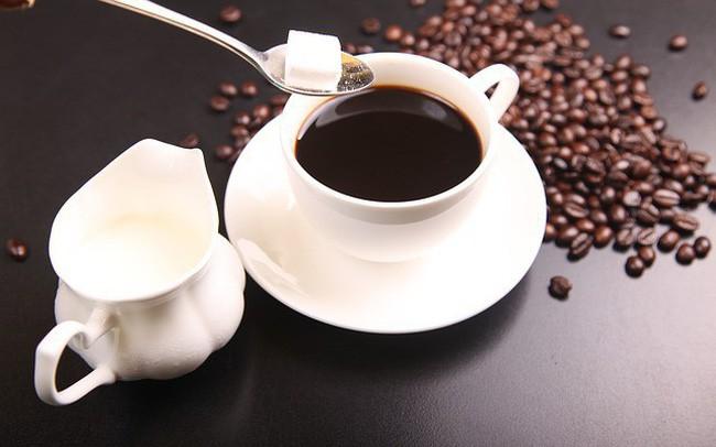 Uống cà phê rất nhiều lợi ích, nhưng thời điểm này thì không nên uống - Ảnh 2.