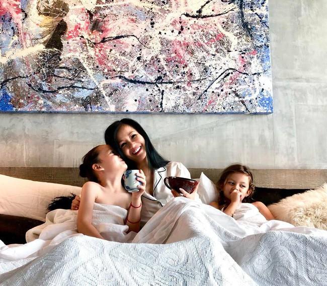 Nghẹn ngào dòng tâm sự của Hồng Nhung trong ngày sinh nhật của hai con: Các con 7 tuổi, mẹ dựa vào các con - Ảnh 2.