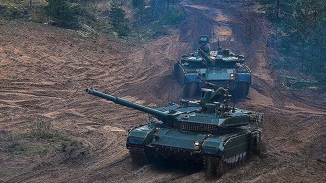 [ẢNH] Nhận liền lúc 120 siêu tăng cực mạnh, Nga gửi thông điệp rắn tới đối thủ - Ảnh 12.