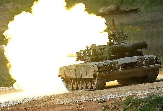 [ẢNH] Nhận liền lúc 120 siêu tăng cực mạnh, Nga gửi thông điệp rắn tới đối thủ - Ảnh 17.