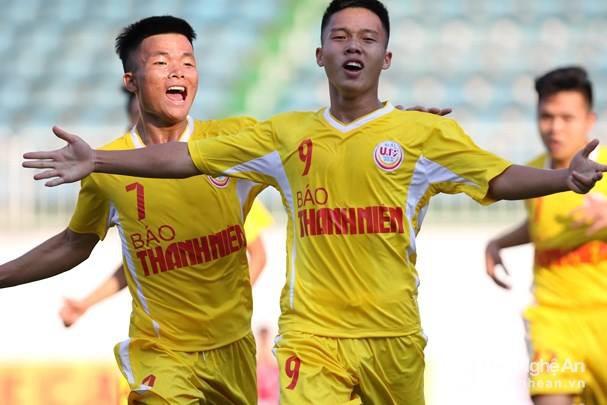 Tuyển thủ U19 Việt Nam và giấc mơ xây nhà cho bố từ tiền đi đá bóng - Ảnh 2.