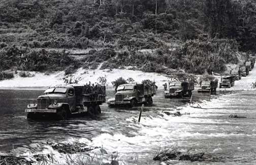 Những bài học chiến trường đối với lính cậu ở BTL Tăng Thiết giáp: Đít xe lao xuống trước, ra sát mép vực - Ảnh 3.