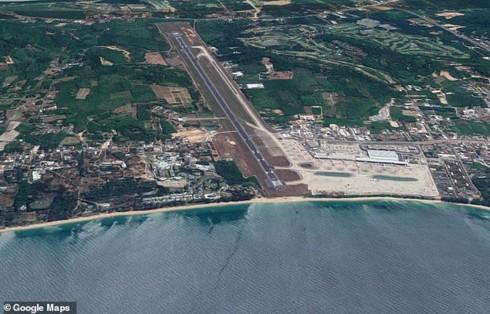 """Có thể bị tử hình nếu cố chụp ảnh """"chạm máy bay"""" tại bãi biển Thái Lan - Ảnh 2."""