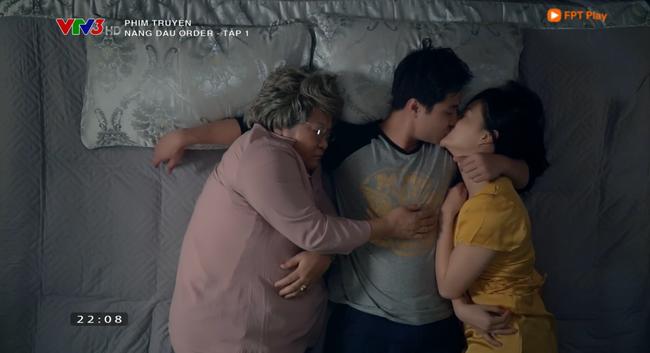 Nàng dâu order tập 1: Chưa có phim truyền hình Việt nào mà mới mở màn, cặp đôi chính đã hở ra là hôn thế này! - Ảnh 11.