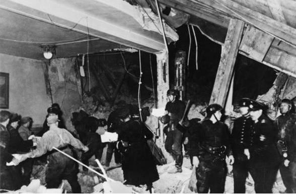 Phi vụ ám sát Hitler: Bất thành nhưng được Thủ tướng Đức Angela Merkel gọi là anh hùng - Ảnh 2.