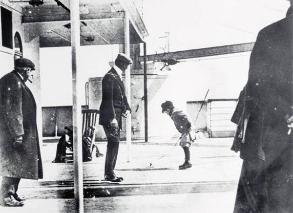 Thảm họa chìm tàu Titanic: Ớn lạnh những bức ảnh cuối cùng - Ảnh 3.