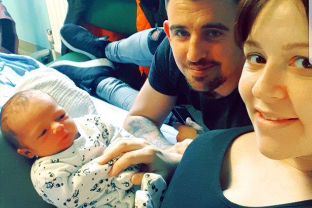 Đi khám thai định kì, người mẹ hoảng hồn khi được bác sĩ thông báo chính bức ảnh siêu âm đã cứu mạng sống của mình - Ảnh 3.