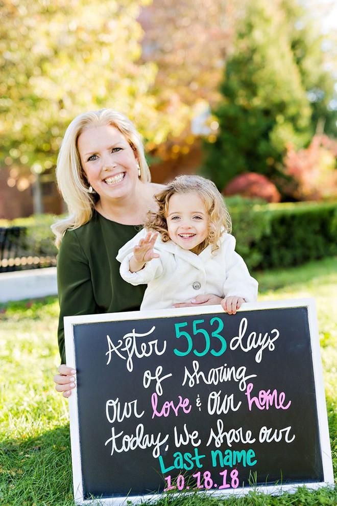 Nữ y tá nhận nuôi một thiên thần bị bỏ rơi mà cô đã hết lòng chăm sóc: Sau 553 ngày yêu thương nhau, từ giờ chúng ta sẽ là mẹ con - Ảnh 5.