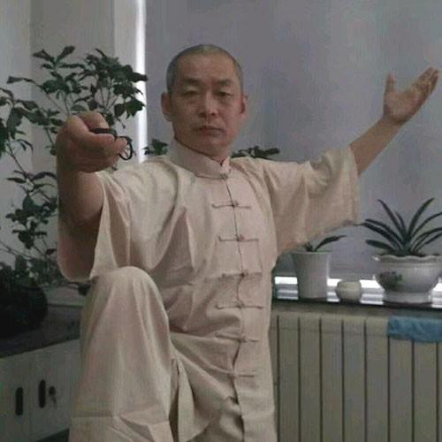 """Võ lâm Trung Quốc xôn xao khi Từ Hiểu Đông đại chiến """"cao thủ võ truyền điện"""" - Ảnh 1."""