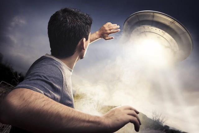 Những vụ bắt cóc bởi UFO kì bí nhất từng được ghi nhận - Ảnh 2.