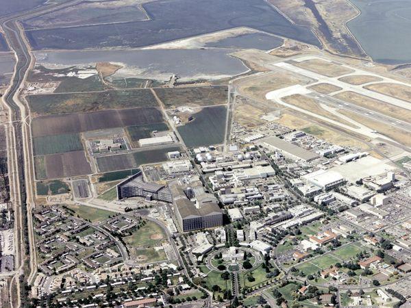 Lịch sử hùng hồn của thiên đường công nghệ Thung lũng Silicon qua ảnh - Ảnh 14.