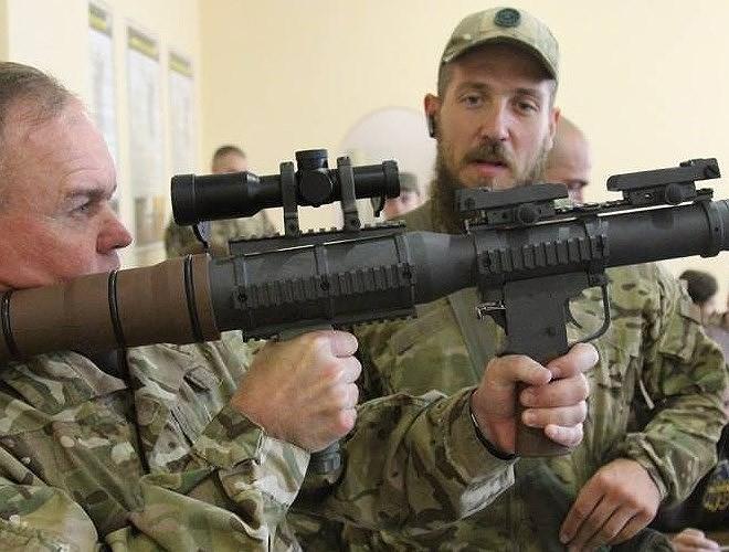 Nga chê bai tên lửa chống tăng Mỹ nhái theo RPG-7 - Ảnh 6.