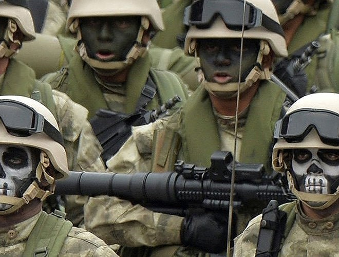 Nga chê bai tên lửa chống tăng Mỹ nhái theo RPG-7 - Ảnh 9.
