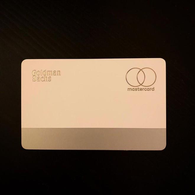 Đập hộp thẻ tín dụng Apple Card, chất liệu titan, thiết kế đơn giản và đẳng cấp - Ảnh 3.