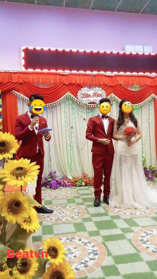 Cứ ngỡ đám cưới hoàn hảo, chú rể giật mình khi nhìn thấy bộ vest của MC - Ảnh 1.
