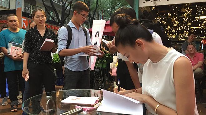 Ngô Thanh Vân: Tôi rất phẫn nộ trước một số bài viết về cuốn sách của tôi - Ảnh 5.