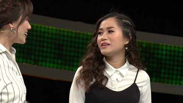 Những lần Hari Won khiến người chơi điên đầu vì đọc câu hỏi đã lơ lớ còn rùa bò tại gameshow Nhanh Như Chớp - Ảnh 1.