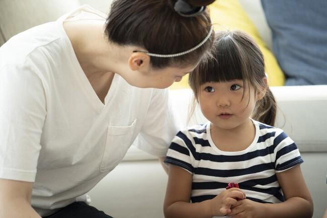 Gọi tên vùng kín của con: Hãy quên những cái tên ngộ nghĩnh đi, đây mới là cách gọi đúng nhất nên dạy con - Ảnh 2.