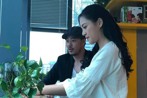 MC Tuấn Tú Về nhà đi con: Ồn ào chuyện lấy vợ tiểu thư lá ngọc cành vàng và cuộc tình trong phim với Huệ - Thu Quỳnh  - Ảnh 1.