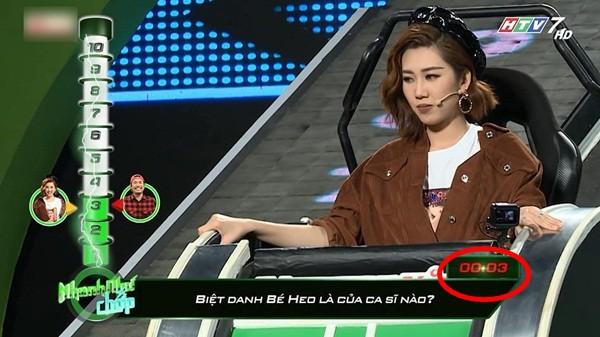 Những lần Hari Won khiến người chơi điên đầu vì đọc câu hỏi đã lơ lớ còn rùa bò tại gameshow Nhanh Như Chớp - Ảnh 12.