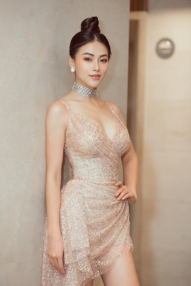 Vượt Ngọc Trinh, Hoa hậu này bất ngờ gia nhập hội mỹ nhân eo con kiến với số đo 54cm - Ảnh 3.